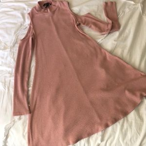 Forever 21 Long sleeve shoulder cutout dress